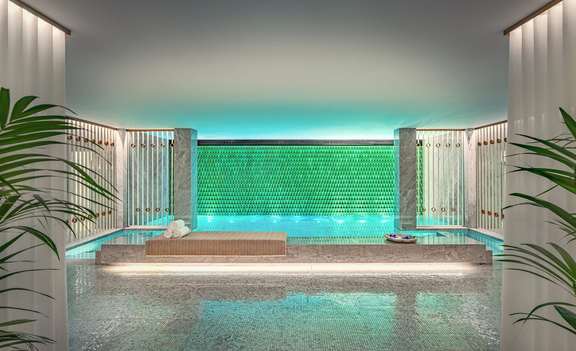 24/Spa Nuxe/maison_albar_hotels_monumental_palace_piscine_interieure.jpg